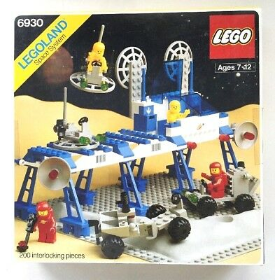 Lego Vintage Space Supply Station 100 Complete With Box Tray