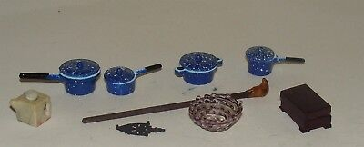 Over 30 Dollhouse Accessorires