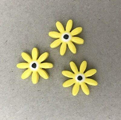 17mm CERAMIC DAISIES FLOWERS - x3 - Yellow ~ Mosaic Inserts, Art, Craft Supplies
