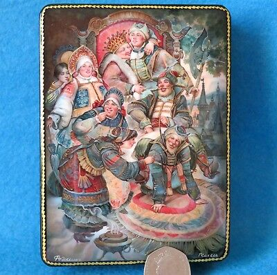 Russian Lacquer Box GICLEE FEDOSKINO BOYARYNYA & Young Soldier Man Drunk Party
