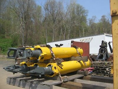 (5) Unused Counterweight  Removal Cylinders, Grove RT-880E - RT-890E