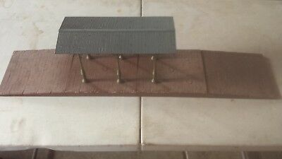 POLA/LGB 908 Covered Station Platform Kit NOS USED