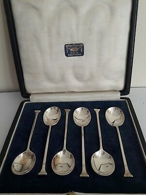 6 Solid Silver Seal Top Coffee Spoons, boxed. London, D.E 1924. 51g.total. 9.5cm