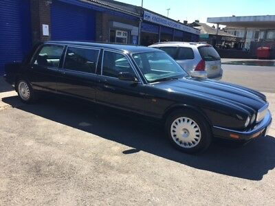 1997 Daimler 4.0 Limousine 6 door 8 seater 50k miles New MOT. Keep up with Trump