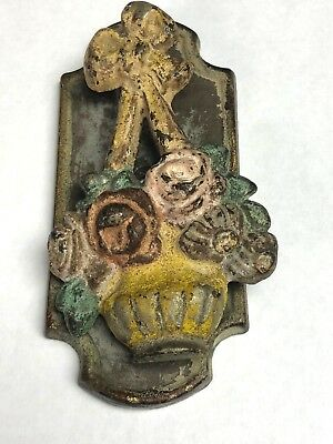 Antique HUBLEY Cast Iron BASKET of FLOWERS c1930's Door Knocker #146 Vtg Shabby