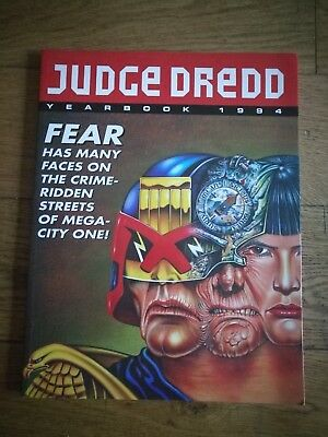 Judge Dredd Yearbook 1994 - Paperback illustrated book