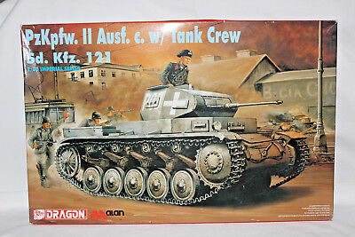 Dragon 9026 German Sd.kfz. 121 Panzer Ii Ausf.c With Crew Imperial Series  1:35
