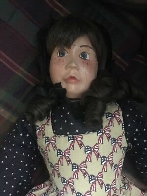 Vintage Treasures Of The Heart Clay Amish Doll