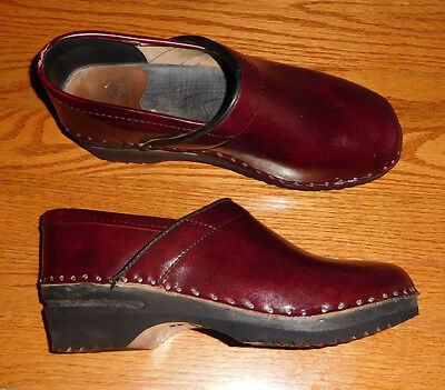 Van Gogh Troentorp Bastad Swedish Clogs Black Cherry Size 36