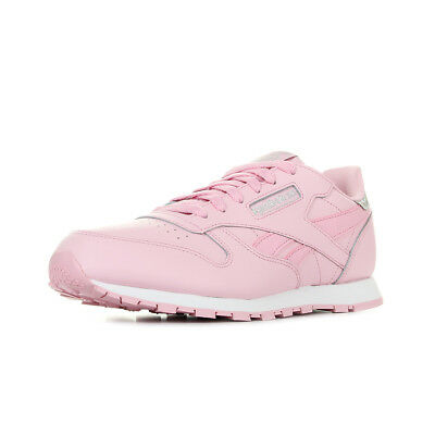 5be319c3fea Chaussures Baskets Reebok femme Classic Leather Pastel taille Rose Cuir  Lacets