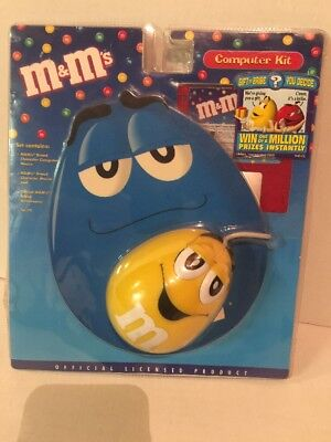 NEW M&M's Computer Kit with Yellow Peanut Mouse, Mouse Pad and Screensaver Disk