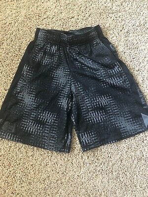 Boys Youth Under Armour Shorts Size S