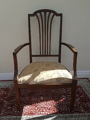 Beautiful antique inlaid mahogany chair