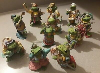 Lot Of 11 Frog Figurines By Camelot Frogs Sculpture Collection***very Fun*
