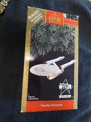 Hallmark Star Trek Ornaments, Starship Enterprise 1991 Anniv Ed., Lights Up