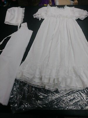 BEAUTIFUL  VINTAGE  INFANT CHRISTENING dress bonnet AND SLIP baby doll reborn