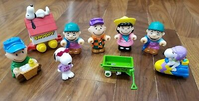 Peanuts Figures Toys Lot of 9 Charlie Brown Snoopy Lucy Linus Cake Toppers