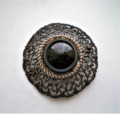 Beautiful Vintage Brass Faux Black Onyx Filigree Brooch Pin 10.6 grams