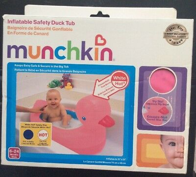Pink Munchkin Inflatable Safety Duck Tub