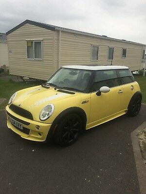 Mini Cooper 1,6 Yellow 55.000 Miles from New PanoramicElectric Roof