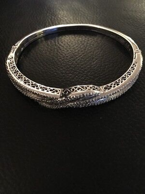 Hallmarked 925 Solid Sterling Silver Bangle Bracelet 21g