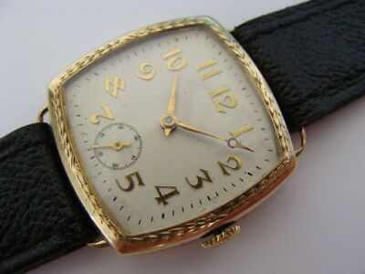 Vintage 1929 solid 9ct gold ornate Art Deco gents swiss watch.D.F & Co.