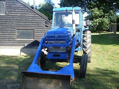 Leyland 270 tractor and front loading forks