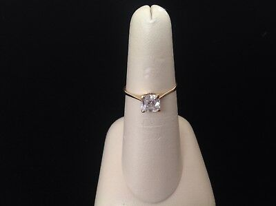 Estate 10k Yellow Gold Ring ,Solitare,1.2gr ,Asscher cut 5.5x5.5mm Svarowsky