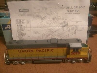"""Vintage New Athearn Ho Sd-45 Diesel Road Locomotive Union Pacific # 2070 """" Dummy"""