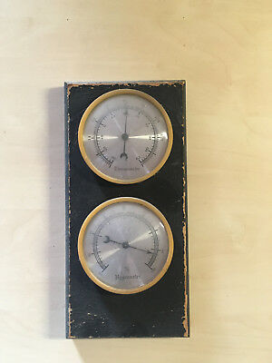 Alte Wetterstation  Hydrometer Thermometer