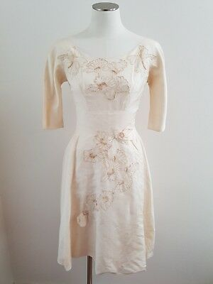 Divine 1950's VINTAGE Silk Tafetta/Satin Wedding Dress - Size S /Modern 8