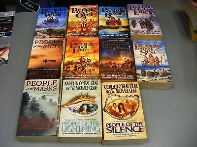 Lot of 11~W MICHAEL GEAR & KATHLEEN O'NEAL GEAR SERIES:PREHISTORIC NORTH AMERICA