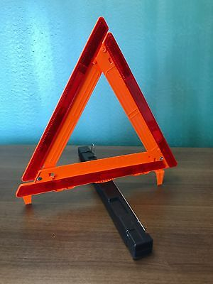 Cortina Safety Group, Strato-Flare 219, Emergency Road Triangle Kit