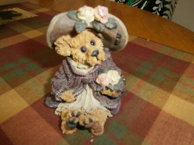Boyds Bears  Bearstone Collection Mrs. Tuttle.. Stop and Smell the Roses