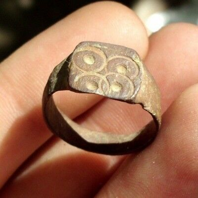 Ancient Roman Bronze Ring With 4 ''evil Eyes'' - 100 Ad - Rare -