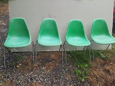 4 x EAMES DSS FIBREGLASS CHAIRS BY HERMAN MILLER