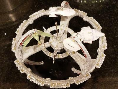 Hallmark Ds9 Spacestation & Klingon Tos Enterprise, D, E, Reliant, Voyager Ships