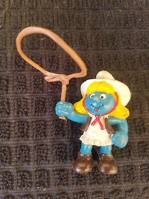 Smurfs Lasso Smurf Cowgirl Southern Western Rare Vintage Classic Display Figure
