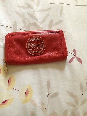 Tory Burch Leather Wallet Metal & Leather Emblem in Orange Coral