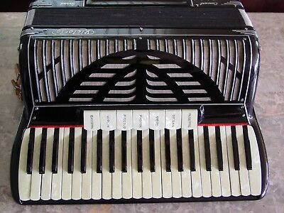 "Victoria Concert Grand 18 1/2"" keyboard musette setting"