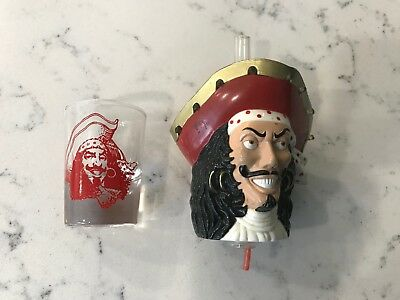 Captain Morgan Light Up Bar Bottle Top Spout Pourer And Shot Glass