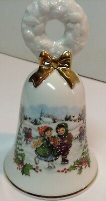Avon Christmas Bell 1986 Porcelain Children Ice Skating