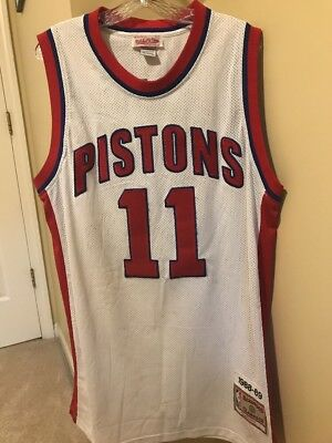 Isiah Thomas Detroit Pistons Jersey Mitchell And Ness Size Xl Sewn On  11  White 67dc2823a