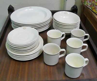 Vintage Bendigo Pottery 33 Piece Part Dinner Set Plates Bowls Saucers Cups