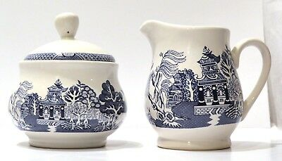 Blue Willow Covered Sugar and Creamer by Royal Oak