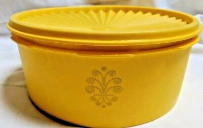Vintage Tupperware Harvest Yellow Gold Stackable Canister 1205-25 Servalier Lid