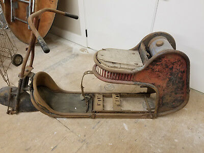 1940's VINTAGE AMERICAN MOTO - SCOOT GAS MOTOR SCOOTER (MAKE OFFER)
