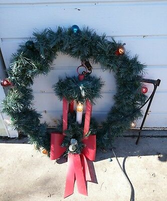 Vintage Municipal Christmas  Wreaths Pole Mount Decorations w Hanging Lantern