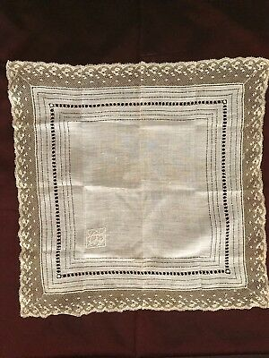 Stunning handmade NEEDLE LACE WORK on linon - HANKY XIX C. w. VALENCIENNES LACE
