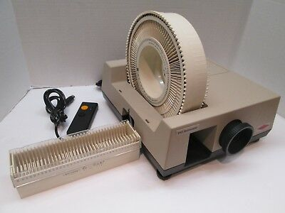 Sawyer's Slide Projector Model 710 with Remote - (1) Rototray (1) Easi-Edit Tray